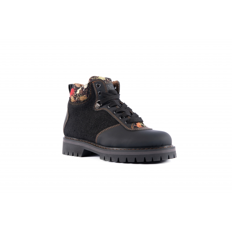 Sibilla Hemp Boot Black